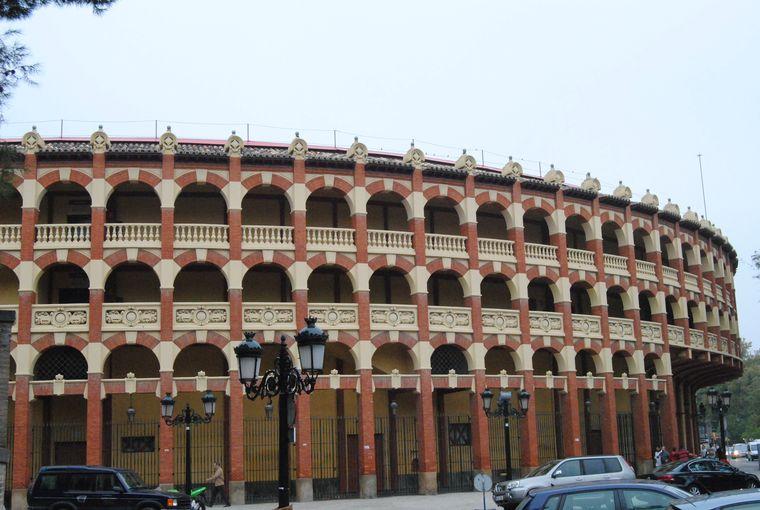 Carpinteria-alero-plaza-toros-01