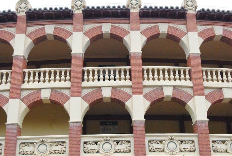Carpinteria-alero-plaza-toros-04